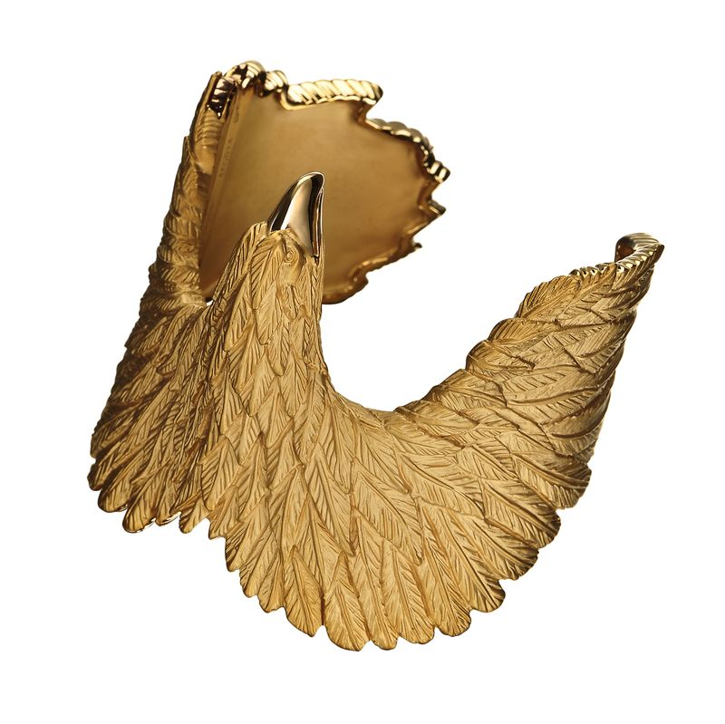 Duyos_09_Eagle_bracelet_in_yellow_gold